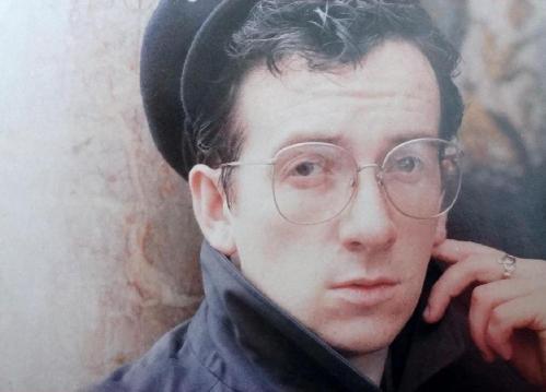 Elvis Costello 1983 - Particolare della copertina di Punch The Clock